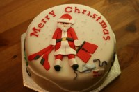 27031-merry-christmas-cakes-decoration-ideas-photos-and-santa-claus-pictures