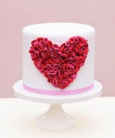 adorable-valentines-day-wedding-cakes-7