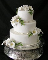 wedding-cakes-with-roses-and-calla-lilies